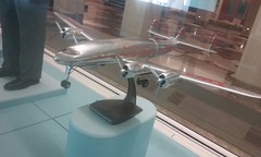 model of Lockheed Constellation (sftrajan) Tags: sanfrancisco museum airplane model aviation musee lockheed twa propellor musem sanfranciscointernationalairport lockheedconstellation