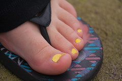 Kirstin-Yellow-Toes-BLOG (tighmory) Tags: family marrs kinlochard