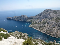 Calanque de Morgiou viewed from the Crête de St-Michel (John Steedman) Tags: france marseille frankreich frankrijk francia calanques フランス massilia 法国 马赛 馬賽 マルセイユ calanquedemorgiou crêtedestmichel