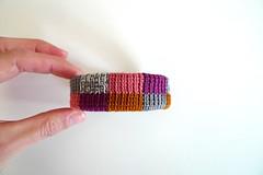 (Mi Mitrika) Tags: crochet eu pulseiras mo quadrados 100algodo