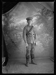 B46130_260 Robert Shakel Edwards (State Library of South Australia) Tags: soldier worldwari ww1 edwards anzac aif australianimperialforce statelibraryofsouthaustralia 3rdlighthorseregiment chamberlaincollection centenaryofanzac