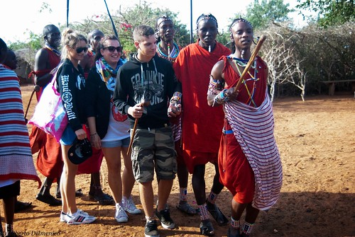 """Tsavo Est (10 di 265) • <a style=""""font-size:0.8em;"""" href=""""http://www.flickr.com/photos/121308622@N02/14014748073/"""" target=""""_blank"""">View on Flickr</a>"""