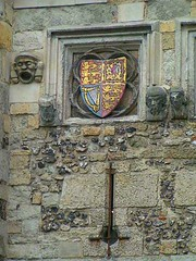 West Gate Detail, Winchester, Hampshire, England (Amethinah) Tags: uk greatbritain england coatofarms unitedkingdom hampshire shield winchester 2007 westgate citygate