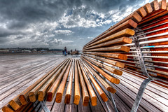 Hastings Pier in HDR (TD2112) Tags: wood sky skyline canon fence bench sussex pier wooden hastings planks hdr highdynamicrange planking hastingspier tonemapped canon700d tonyduke hastingspier2016