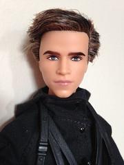 Mockingjay Gale portrait (vampirefrannaz) Tags: doll dolls barbie gale mattel barbiedoll barbiecollector hungergames mockingjay