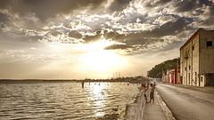 CUBA Cienfuegos La Gente III (stega60) Tags: street houses light sky sun playing luz sol kids clouds children waves cuba nubes elmar hdr cienfuegos ninos elcielo buenaonda stega60