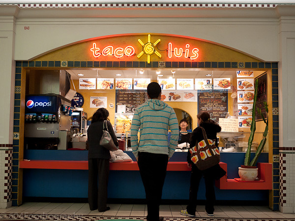Taco Luis (Lansdowne Centre)