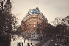 a tiny piece of london (In Memory Lane~) Tags: england london 35mm hotel spring mark nicholas ii 5d lau corinthia 35l