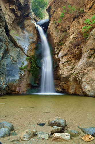 Eaton Canyon Trail to Eaton Canyon Falls