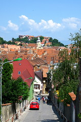 Excursionists (oshita946) Tags: street buildings roofs mytown brasov beautifulday medievaltown excursionists