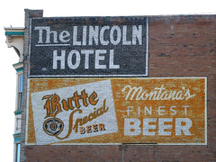 Lincoln Butte Beer Ghost (Signs Along the Way) Tags: butte ghost ghostsign lincolnhotel buttebeer