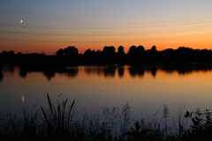 Seventy Acres Lake, Lea Valley (blacksplat) Tags: uk sunset sky moon lake reflection water beautiful canon landscape valley lee seventy lea acres 70 hertfordshire acre