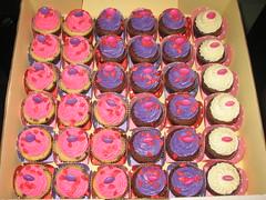 Rosas, Pinks e Lils (Confetti & Cupcakes) Tags: cake bar spider cupcakes high mini confetti evento beb bolo casamento convite festa aniversrio ch aranha marmita drika homen monter personalizados novaes gostosos decorados
