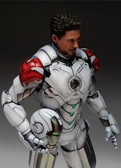 1/6 Iron Man Mark IV (Hot Toys) Custom Paint (Acero y Magia) Tags: man hot toys iron paint mark 16 custom iv