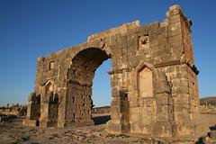 Volubilis, Morocco - Triumphal Arch (Regan Gilder) Tags: morocco triumphalarch volubilis romanruins