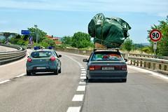 beware of _D7K4344_2 (Nordic62) Tags: italy danger idiot nikon tuscany stupid driver overloaded toskana braindead d610 kreutschmann