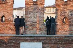 Panorami... (paolo bonfanti) Tags: persone pietre panorami mattoni