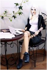 Ordinary day at the office (sherimi-chan) Tags: doll dolls eid doria bjd abjd balljointeddoll iplehouse