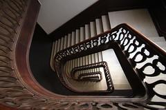 Streits-Haus Jungfernstieg (Elbmaedchen) Tags: hamburg staircase treppenhaus kontorhaus treppenauge streitshaus