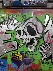 graffiti, Leake Street (duncan) Tags: skull graffiti leakestreet