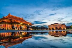 (Wei-Hsiang Chuang) Tags: reflection pentax taiwan taipei  ks2  chiangkaishekmemorialhall    da14