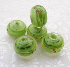 Rolling Greass Poppies Mini (2) (Glittering Prize - Trudi) Tags: glass grass beads handmade poppies rolling artisan glitteringprize