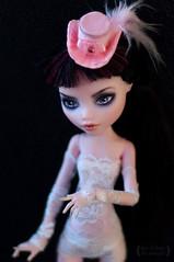 Daniella (Trotilla) Tags: pink white hat handmade lace satin daniella 2012 201208 monsterhigh draculaura