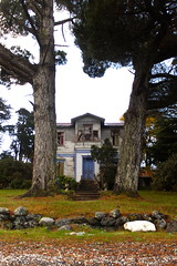 Casona de Isla Helvecia / Chile (MartinaPo) Tags: chile patagonia landscape sur isla casona calbuco austral helvecia islahelvecia