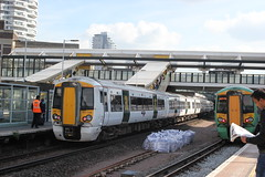 Govia Thameslink Railway . 387 129 . East Croydon Station , South London . Monday 16th-May-2016 . (AndrewHA's) Tags: white london station electric train bedford brighton south railway trains class east multiple emu express derby croydon unit bombardier 387 thameslink electrostar govia 387129