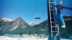 (sonyac5) Tags: winter snow skiing skiresort chairlift snowqualmie