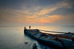 (Eson Huang) Tags: sunset sun seaside nikon dusk taiwan tokina kaohsiung            t116  d5100 t1116mm