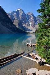 Solitude (joelledewael) Tags: mountain lake canada montagne landscape lac paysage morainelake