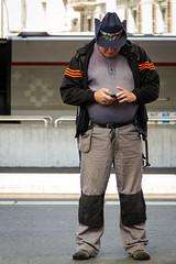 "un cowboy a ginevra  #manchester #parade #uk #inghilterra #ginevra #station  #clod  #avventura #CombustaRevixi #corinaldo #sbandieratori #musici #amici #giugno2016 #streetphotography #canon #7d #cowboy (claudio ""clod"" giuliani) Tags: uk manchester streetphotography amici clod inghilterra corinaldo sbandieratori avventura musici combustarevixi paradeclodreflexcanon7duscitagruppostoricocombustarevixiavvenclodreflexcanon7duscitagruppostoricocombustarevixiavventuramilanoginevramanchesterukinghilterragiugno2016 giugno2016"