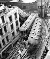 Chicago North Line rail accident between Harrison Street and Wabash Avenue on May 24, 1953 [860 X 1024] #HistoryPorn #history #retro http://ift.tt/28IO97n (Histolines) Tags: street chicago history harrison accident north may rail x retro line timeline 24 avenue wabash between 1953 1024 860 vinatage historyporn histolines httpifttt28io97n