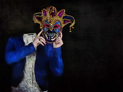 Behind the mask (F l S f a h .. ❥) Tags: mask behind فلكر فلسفه خلف القناع الأقنعه flsfah فلكرفلسفه