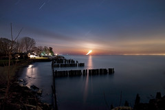 K7_10136 (Bob West) Tags: longexposure nightphotography moon ontario beach night clouds lakeerie greatlakes fullmoon moonrise moonlight nightshots startrails lightroom k7 southwestontario bobwest pentax1224 oldretainingwall april78cvjb