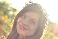 Maria Chiara (StellaDeLMattino) Tags: flowers light portrait sun girl happiness garland lensflare teenager crown fiori sole ritratto luce coroncina ragazza felicit ghirlanda