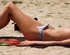 Down Bottom 08 (scotty_h2012) Tags: beach bottom bikini voyeur sunbathing hipbone bikinibridge