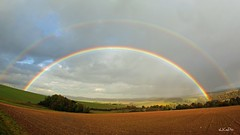 Double Rainbow (eLKayPics) Tags: light sun sunlight field regenboog arcoiris germany landscape deutschland licht rainbow hessen pentax arc double nassau landschaft sonne arcobaleno arco taunus regenbogen arcenciel acker hesse idstein k7 spektrum sonnenlicht spektakulr spektral goldenergrund flickraward doppelterregenbogen idsteinerland pentaxart elkaypics nassauerland sziyrvny