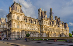 Htel de Ville de Paris (Igor Sorokin) Tags: travel sunset paris france building architecture lens nikon europe zoom cityhall capital scenic telephoto nikkor dslr renaissance hteldevilledeparis 18300 d7000
