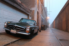 Frulein (Flint Foto Factory) Tags: city morning urban mist chicago green sports car fog wednesday point mercedes benz early back illinois am spring alley view north may convertible front german 1967 1968 vanishing import edgewater 280sl 2016 2door threequarter frulein w113 2seat worldcars