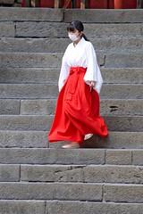 A Novice Shint Assistant at the Nikko-toshogu Shrine (nigel@hornchurch) Tags: dsc0415 nikko tochigi japan novice shint miko nikkotoshogu shrine