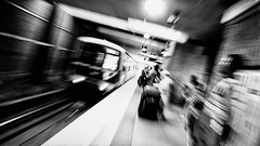to down town (Gerardo Silveyra) Tags: atlanta black subway nikon metro streetphotography marta inside mexicano nikond300