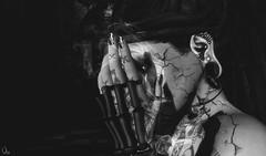 .. (v) Tags: life art fashion dark 3d avatar sl secondlife second virtuell dirtystories