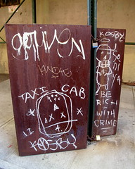 In DUMBO (LoisInWonderland) Tags: newyorkcity streetart brooklyn graffiti chalk kosby kosbe