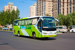 [BFD Coaches in Beijing] Golden Dragon XML6127E2  Bafangda #069094 Front-right at Dongzhimen Hub Station North (tonyluan1990) Tags: bus coach beijing  publictransport motorcoach citybus   dongzhimen  transitbus  dieselbus suburbanbus beijingpublictransportholdingsltd    beijingbafangdapassengertransportationcoltd bafangda beijingpublictransport