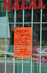 Store in Montreal's Park Extension neighborhood advertising Ramadan special (Blake Gumprecht) Tags: market quebec sale montreal special immigrants grocery ramadan immigration grocer ethnicfood halal multiculturalism ethnicdiversity parkextension