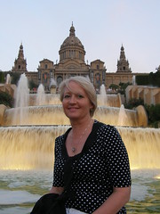 Julie at the fountain in Barcelona (Giuseppe Baldan) Tags: