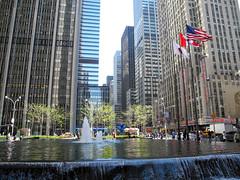 Radio City Hall New York (DennisGRILLT) Tags: new york city nyc usa ny apple america skyscraper radio hall us big nikon skyscrapers manhattan sunny april 2012 hochhaus hochhuser p7000