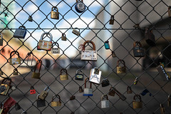 London March 2014 (Harry_S) Tags: city uk england london love canon fence lock capital shoreditch 5d mkii